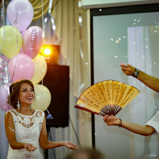 Wedding photographer Olga Bogatyreva (Olyoli). Photo of 14.09.2017