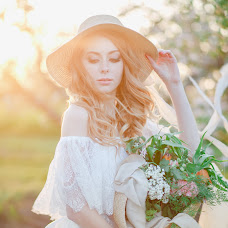 Wedding photographer Marina Tunik (marinatynik). Photo of 07.05.2018
