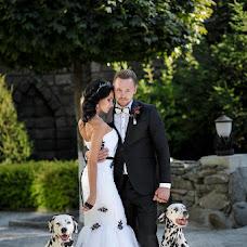 Wedding photographer Sergey Divuschak (Serzh). Photo of 10.03.2017