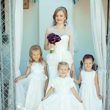 Wedding photographer Elvira Kapustina (kapustinael). Photo of 12.02.2016