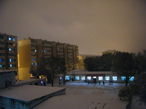 Photo: 2nd snow in Qiqihar in 2012, thick but warm. new hope in air in nature, as well as politics in sinking PRC. here scene in QRRS dorms where benzrad 朱子卓 prepared for his new family, Royal China.