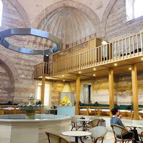 イスタンブールの歴史あるトルコ風呂「クルチ・アリ・パシャ・ハマム」で極上のハマム体験を味わう