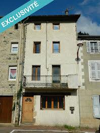 maison à Saint-Martin-de-Valamas (07)
