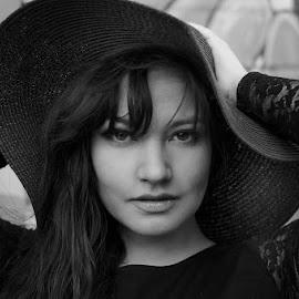 Mysterious Woman by Miranda Cantu - Black & White Portraits & People ( native american, elegance, blackandwhite, beautiful eyes, portraits of women, gorgeous, mysterious, unique, vogue, classy )