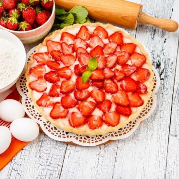 Sweet Strawberry Jello Pie Recipe | Yummly