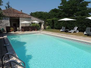 villa à Fonroque (24)