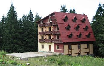 Photo: Saua Baiului: cabana neterminata / inca in constructie