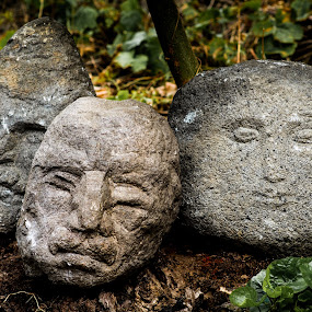 Stone heads by Valics Lehel - Artistic Objects Antiques ( sculptured, sculpture, heads, art, stone, head,  )