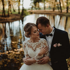 Wedding photographer Kacper Białobłocki (kbfoto). Photo of 08.04.2018