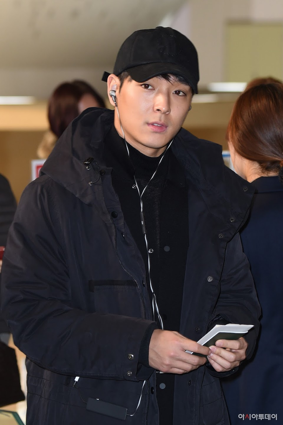 seungri jung joon young jonghoon 6