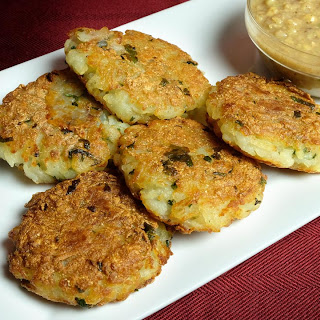 Crispy Aloo Tikki (Potato Patty)