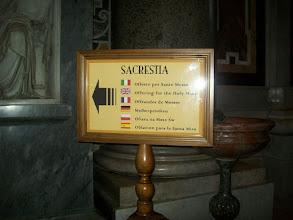 Photo: 35e dag, woensdag 19 augustus 2009 Prima Porta Rome Temp. max.: 38 graden, Wind: - Bft. Windrichting: -. Weerbeeld: zon, warm. Dagafstand 45 Totaal gereden 2293 km . De St. Pieter .