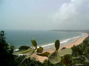 Photo: la très belle plage de Busua, une anse de sable blond de 2 km, the beautiful busua beach, westcoast, Ghana #Africa #Ghana #Akwidaa #Busua http://www.ezilebay.com/ http://busuainn.com/ http://olivbusua.blogspot.com/