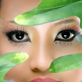 Eye by Yudi Leonardo - People Fashion