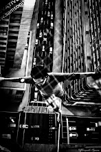 Photo: 綱渡りなショーウィンドウ Tightrope shop window  Tokyo Street Shooting  Location; #Shinjuku , #Tokyo , #Japan   #photo #photography #streetphotography #streettogs