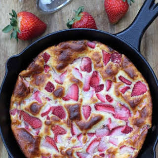 Fresh Strawberry Yogurt Cake.
