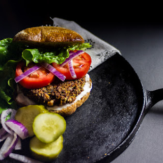 Firm & Meaty Veggie Burger