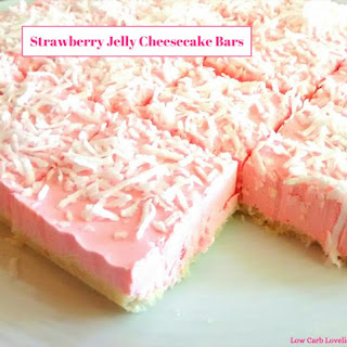 No-Bake Strawberry Jelly Cheesecake Bars