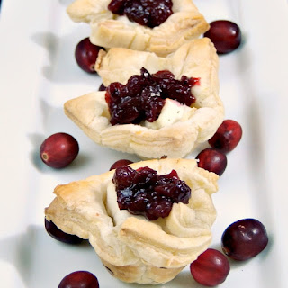 Cranberry and Jalapeno Goat Cheese Bites