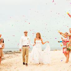 Wedding photographer Elena Medvedeva (ElenaMedvedeva). Photo of 21.07.2014