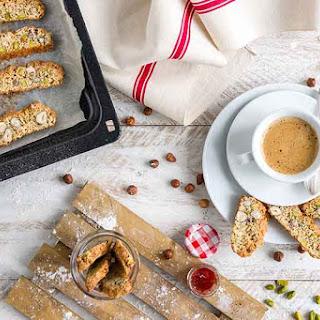 Easy Hazelnut and pistachio biscotti