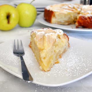 Easy to Make Apple Cake