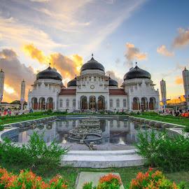 by Luna Almira  Ali - Buildings & Architecture Public & Historical
