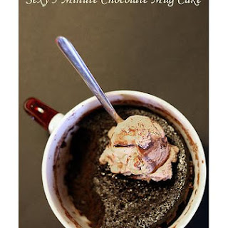 5 Minute Chocolate Mug Cake