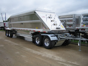 Photo: Aerolite pup/follow trailer