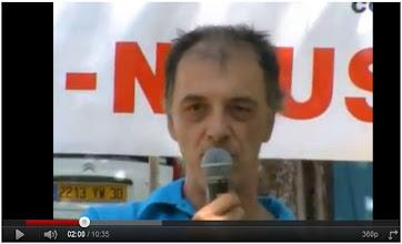 Photo: LE VIGAN 02/07/11 Vincent Espagne, membre du collectif de Lodève contre le gaz de schiste, s'exprime ici sur le plan de la législation concernant la prospection. http://www.youtube.com/watch?v=perRBKjMcyM&feature=player_embedded#at=30