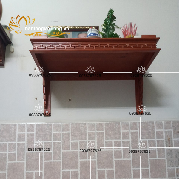 Cách bố trí mẫu trang thờ treo tường, bàn thờ gỗ giá rẻ