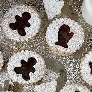 Linzer Cookies.