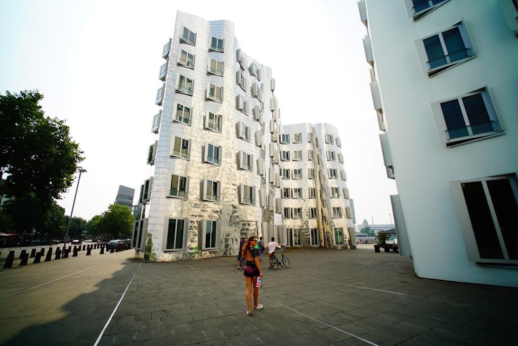 Düsseldorf architecture in Medienhafen