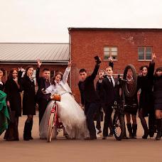 Wedding photographer Dmitriy Pisarev (DmtrP). Photo of 08.04.2014