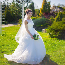 Wedding photographer Vitaliy Savkov (JIuXaR). Photo of 15.05.2017