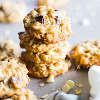 White Chocolate Chip and Cherry Oatmeal Cookies Recipe