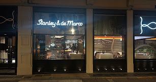 El Stanley & de Marco situado en el centro de Almería, junto a la Iglesia de Santiago.