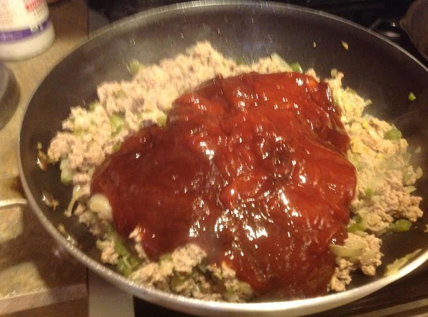 Measure catsup into a 4 cup measure, then add the Worcestershire sauce and Brown...