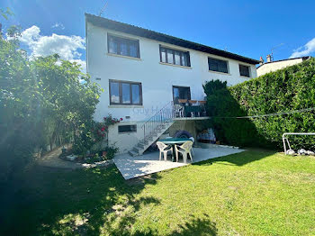 maison à Issou (78)