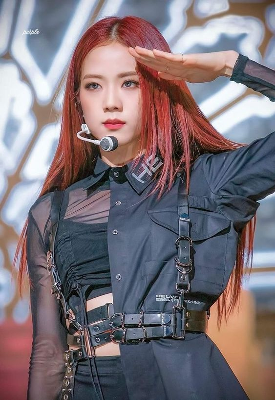 jisoo harness 1