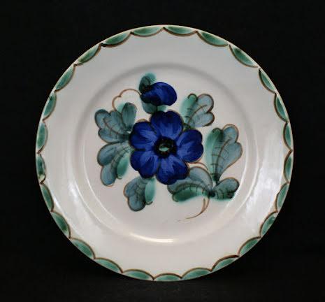 fler föremål Assiett blomma stor blå