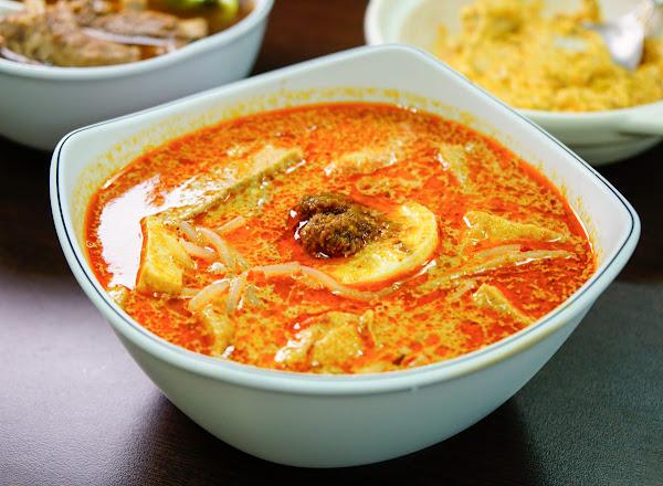 道地老新加坡味!香濃叻沙米粉x好喝肉骨茶湯-新加坡小館