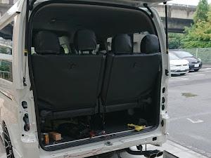 ハイエースワゴン TRH214W のカスタム事例画像 パパスやっさんさんの2019年10月02日17:01の投稿