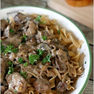 Slow Cooker French Onion Beef Stroganoff
