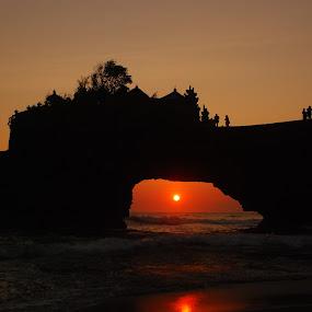 Batubolong by Yande Ardana - Travel Locations Landmarks ( temple, bali, sunset, indonesia, batubolong )