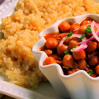 Chickpea Curry with Brown Rice - pressure cooker one pot meal.