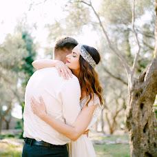 Wedding photographer Aleksandra Nadtochaya (alexnadtochaya). Photo of 19.04.2018