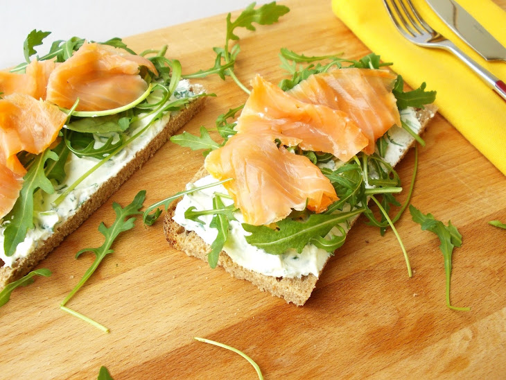 Open Sandwich of Ricotta and Smoked Salmon Recipe