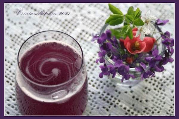 Old Fashioned Black Currant Lemonade Recipe