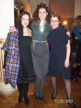 Photo: Natalia USHAKOVA (links) nach ihrem Norma-Debüt in Zagreb (12.2.2010). Mitte Dubravka Šeparović-Mušović (Adalgisa), rechts die Intendantin Ana Lederer. Zu unserem Bericht von Harald Lacina. Photo: Harald Lacina